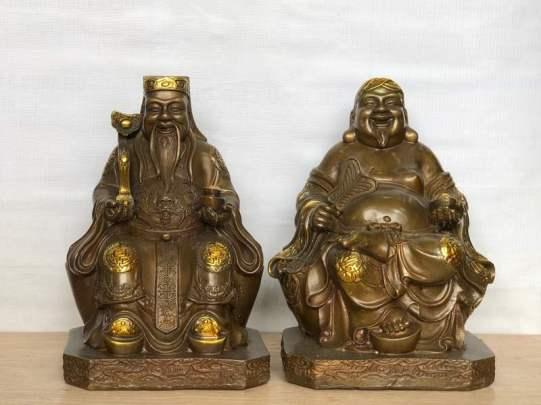 https://tyhuuphongthuyvietnam.files.wordpress.com/2019/08/tuong-ong-than-tai-tho-dia-bang-dong.jpg?w=541&h=406